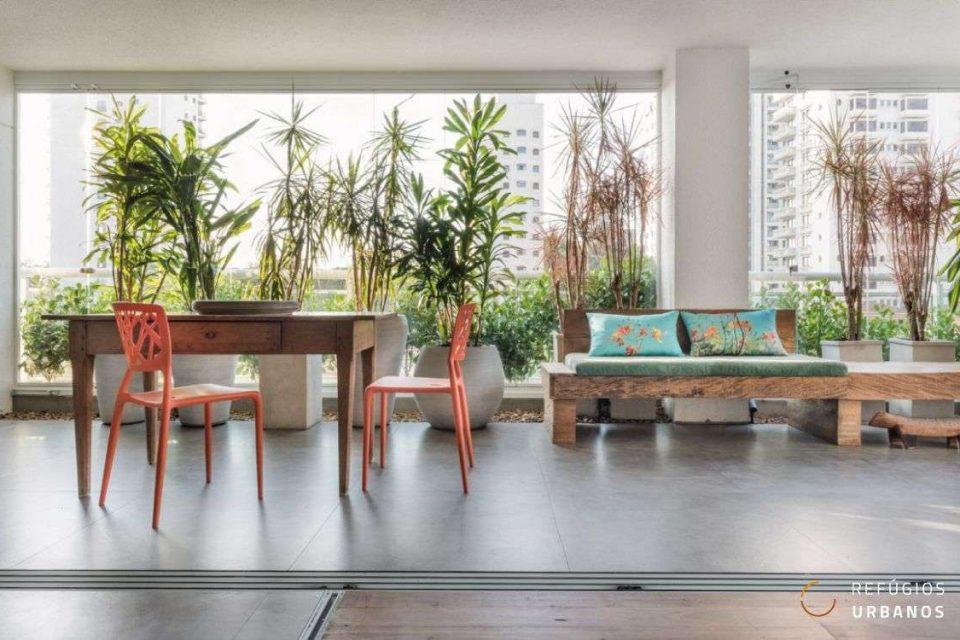 Este é um apartamento dos sonhos! Projeto contemporâneo de 211m² com 3 quartos, 3 vagas e lazer em um edifício construído em 2014, em Pinheiros!