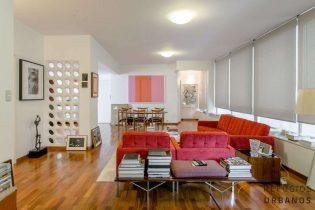 Apartamento charmoso em ótima localização no Jardim America!