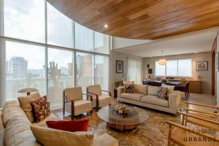 Luxo exclusivo no Itaim Bibi: cobertura duplex com lazer