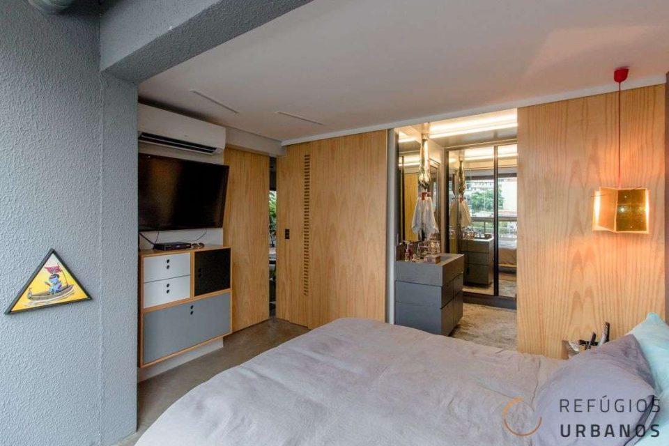 Apartamento de 74m2 + 28m2 de garden na Bela Vista, completamente reformado, prontinho pra morar em prédio novo com lazer e vaga de garagem.