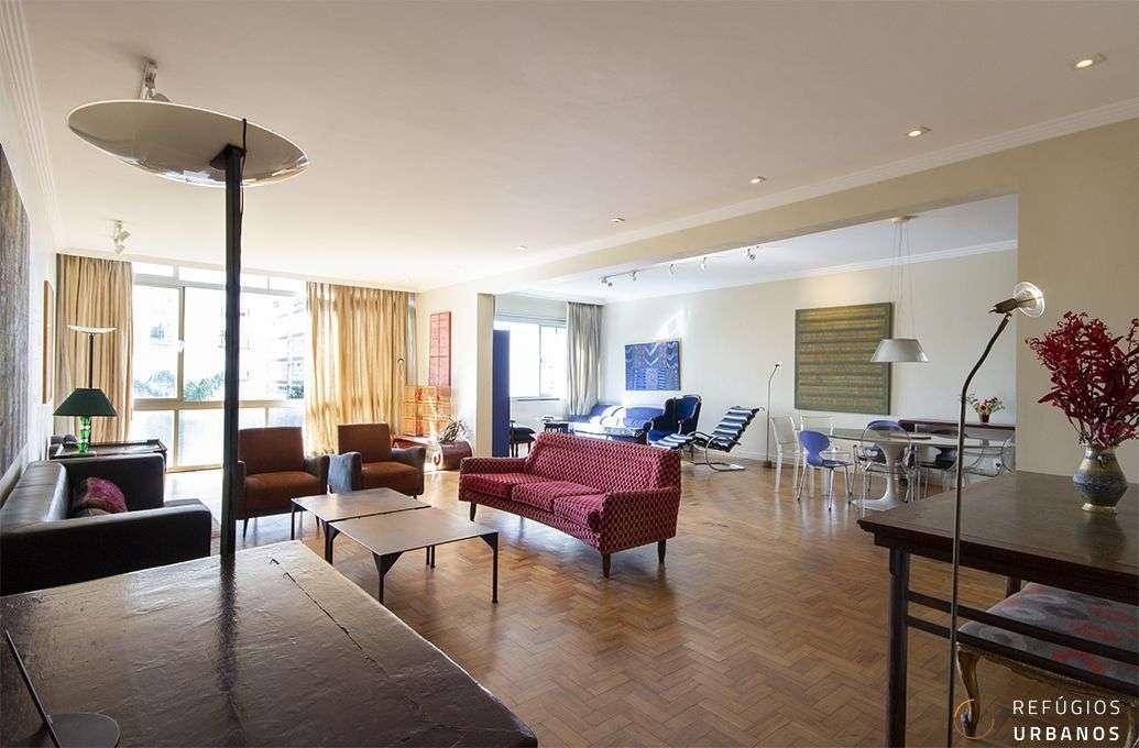 Apartamento em Higienopolis, no Edifício Nobel, assinado pelo Escritório Siffredi & Bardelli com 256m2, quatro dormitórios, sendo uma suíte e duas vagas, para reformar e deixar fabuloso!