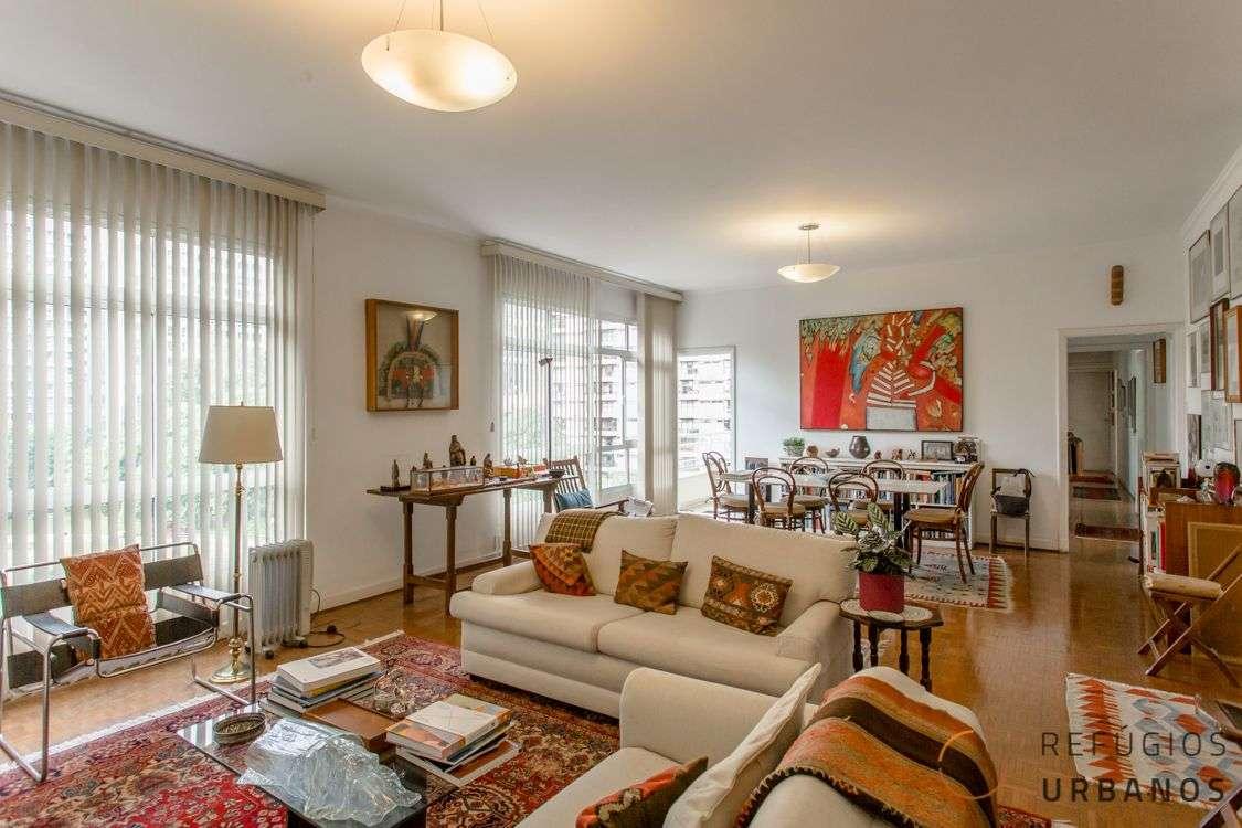 Apartamento avarandado no Jardim Paulista: 172m² de muita luz
