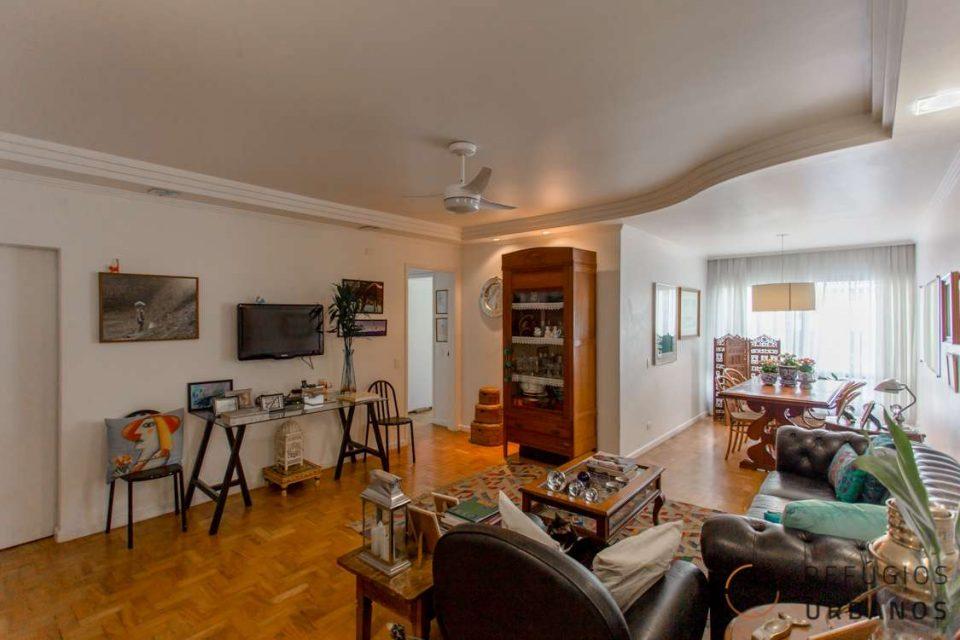 Apartamento de 103 metros quadrados de área útil, 2 dormitórios sendo 01 suite, 01 vaga, ótima localização, em prédio com lazer no Itaim!