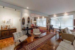 Apartamento reformado em Higienopolis, com 239m2, sala com varanda, 3 dormitorios sendo uma suite e vaga para dois carros, pertinho do Parque Buenos Aires.