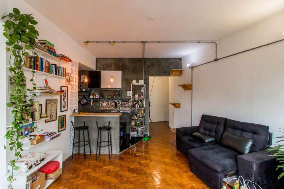 Apartamento de 47m2 com 1 dormitório descolado no Centro de São Paulo, em prédio misto, perto do metrô Anhanbagaú e cheio de mobilidade