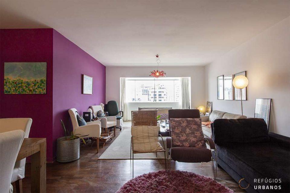 Apartamento de 132m² com 3 dormitórios, varanda integrada à sala, vaga em andar alto. Charmoso e com vista para o Jardim Europa!