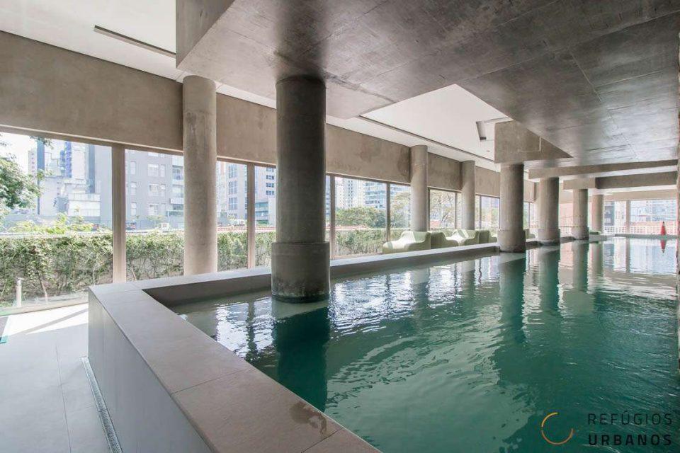 Duplex de 79,69 metros quadrados de área útil no Itaim Bibi, em prédio novo com lazer completo, andar alto com 1 suite e 1 vaga na garagem.