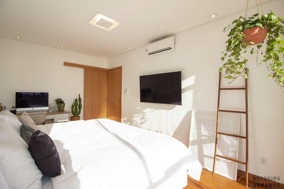 1 dormitório super reformado e solar no Copan