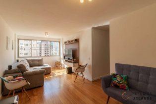 Moema Pássaros, apartamento com 73 m2, 2 quartos, 1 vaga. Andar alto. Próximo do shopping e do metrô. Oportunidade para deixar do seu jeito!