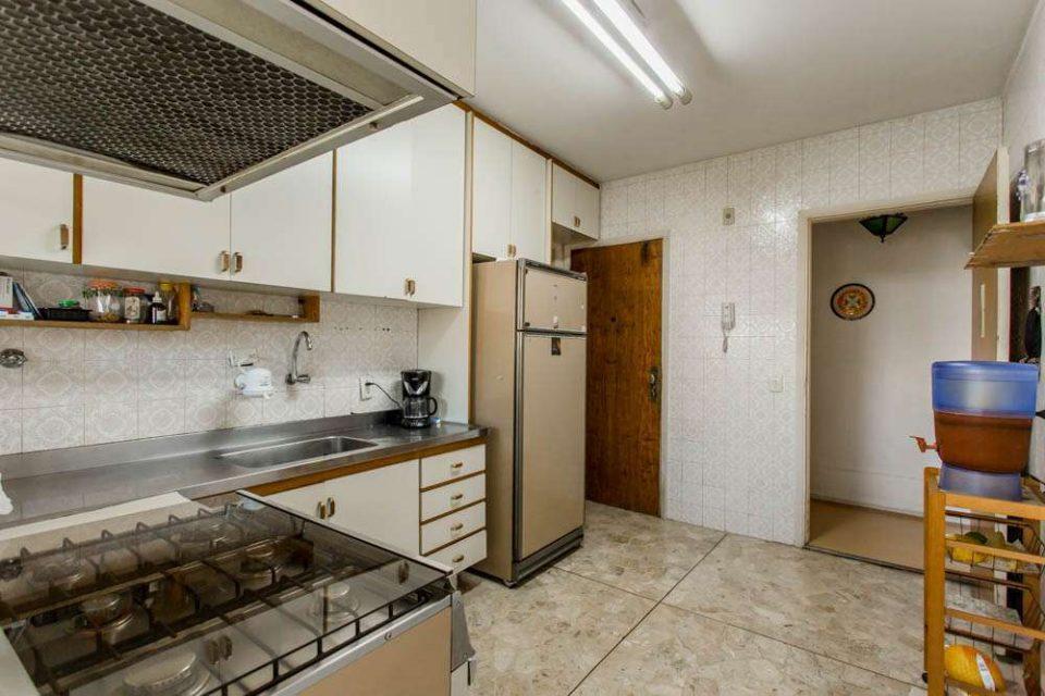 Apartamento de 126 metros quadrados de área útil, localização incrível, 3 dormitórios e 1 vaga, no Jardins! Para você deixar do seu jeitinho!