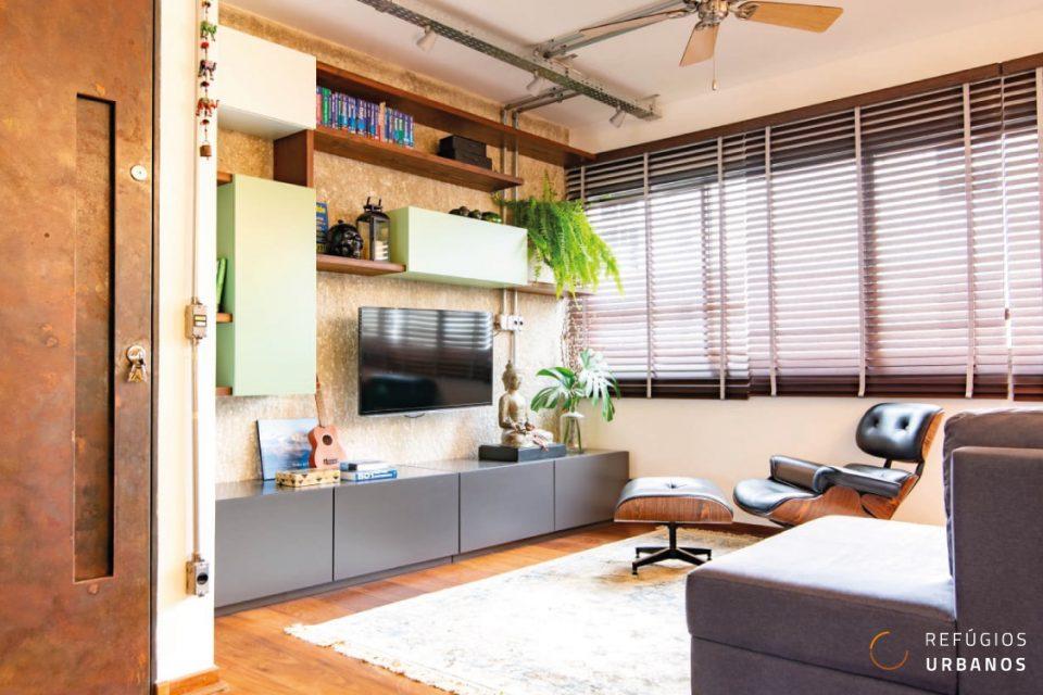 Moema Pássaros, apartamento com 124 m2, reforma impecável com 3 quartos (1 suíte), 2 vagas. Curta caminhada do Ibirapuera. Porteira fechada!