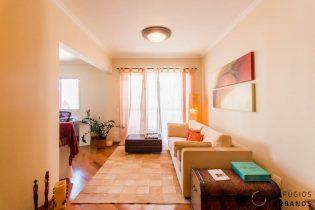 Vila Olímpia, apartamento com 84 m2, 1 super suíte, sala com varanda. 1 vaga. Ensolarado e bem localizado.