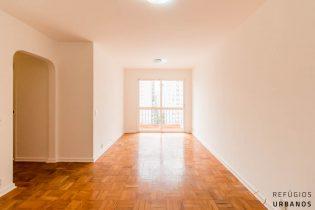 Moema Pássaros, apartamento com 94 m2, planta versátil com 3 quartos, varanda, 2 vagas. Curta caminhada do Ibirapuera.