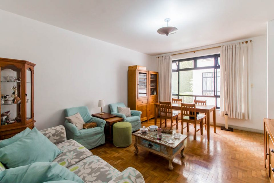 Jardins: apartamento em predinho fofo para reforma, com 75 metros quadrados de área útil sendo 2 dormitórios, 2 banheiros e 1 vaga!