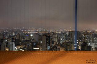 Vista noturna do janelão Copan