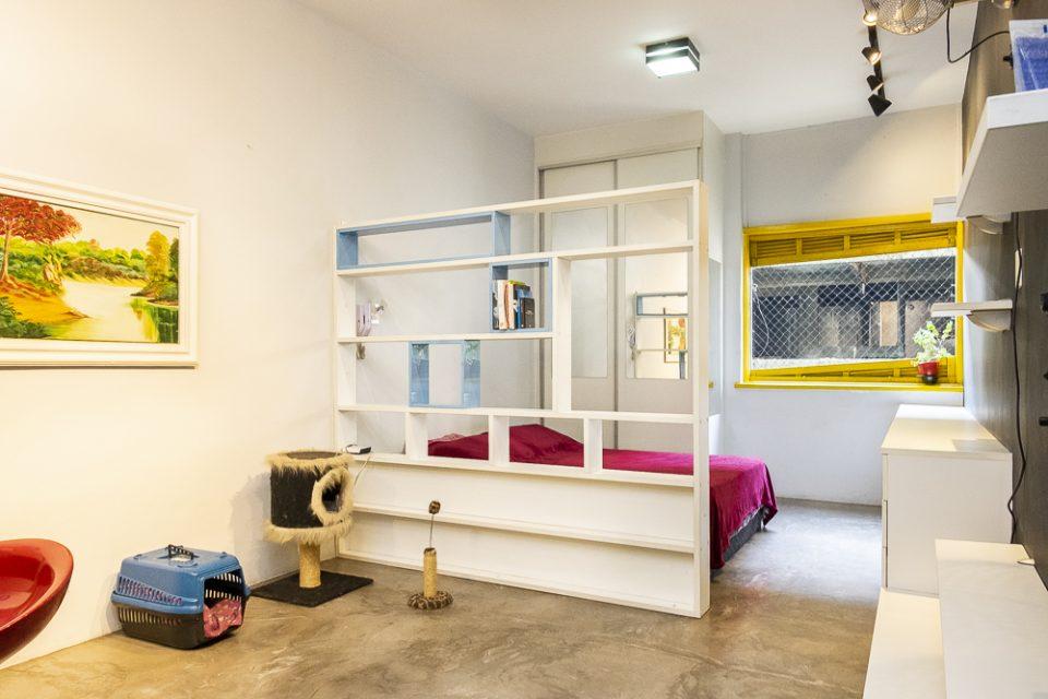 Studio reformado, 31 metros de área útil, nos Campos Elíseos, próximo ao Terminal Princesa Isabel, entre as Estacões República e Luz do Metrô.