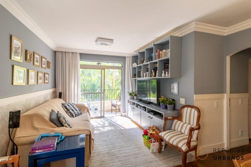 Apartamento localizado em Santa Cecilia na rua Dr. Gabriel dos Santos com 102 m2, sala com varanda, 3 quartos sendo uma suíte, 2 vagas de garagem e piscina.